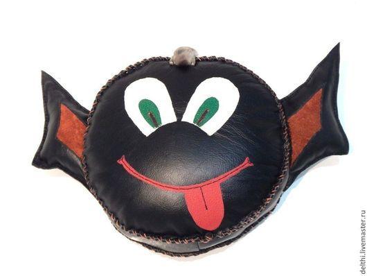 Текстиль, ковры ручной работы. Ярмарка Мастеров - ручная работа. Купить Кожаная мягкая игрушка подушка Чертенок. Handmade. Подушка