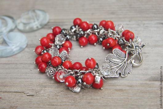 Браслет-гроздь «Гроздь рябины после дождя» из коралла, яркий и красивый подарок