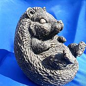 Для дома и интерьера handmade. Livemaster - original item Sculpture of natural Ural ornamental stone Calcite Hedgehog. Handmade.