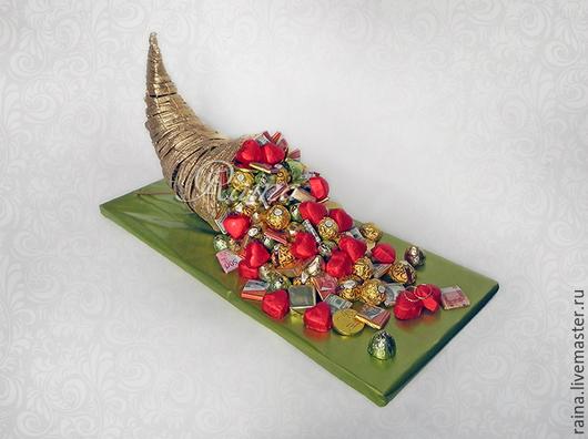 Букеты ручной работы. Ярмарка Мастеров - ручная работа. Купить Букет из конфет, рог изобилия свадебный.. Handmade. Золотой