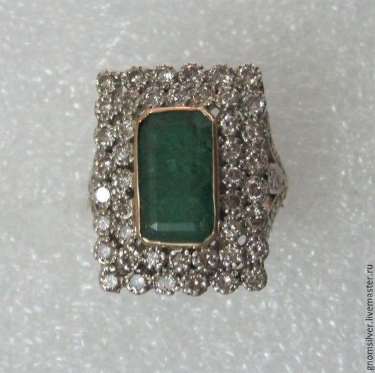 Кольца ручной работы. Ярмарка Мастеров - ручная работа. Купить Уникальное кольцо с изумрудом и бриллиантами. Handmade. Зеленый, изумруд натуральный