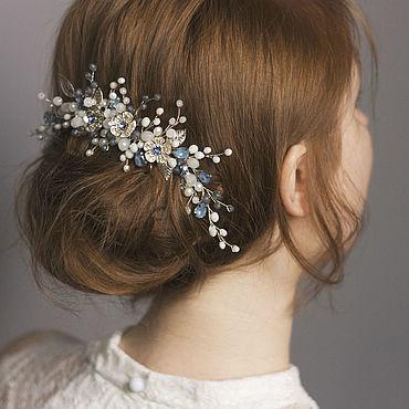 Свадебный салон ручной работы. Ярмарка Мастеров - ручная работа Бело-синий свадебный гребень с цветами, украшение в прическу невесты. Handmade.