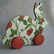 """Для дома и интерьера ручной работы. Ярмарка Мастеров - ручная работа Игрушка-каталка  """"Кролик"""". Handmade."""