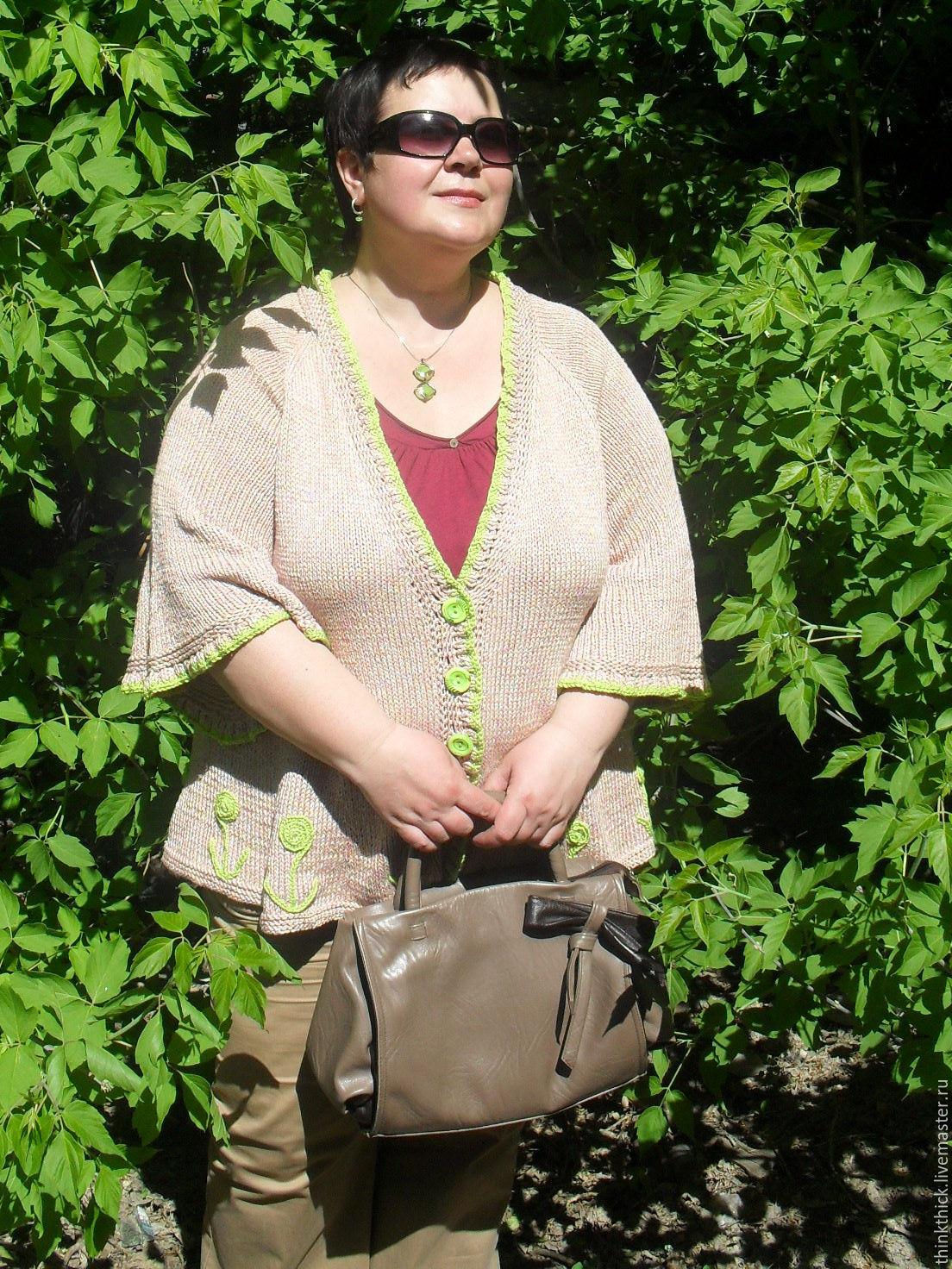 Частные фото русских женщин с пышными размерами 18 фотография