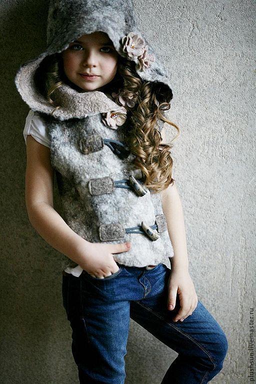 Жилеты ручной работы. Ярмарка Мастеров - ручная работа. Купить Валяный жилет для девочки «Маленькая разбойница». Handmade. Серый, streetstyle