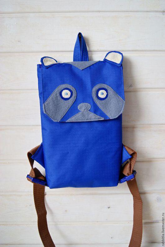 Рюкзаки ручной работы. Ярмарка Мастеров - ручная работа. Купить Рюкзак Детский Енот для Мальчика / Синий Городской Рюкзак. Handmade.
