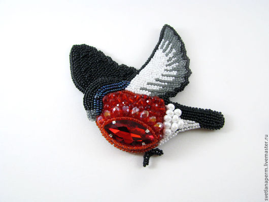 """Броши ручной работы. Ярмарка Мастеров - ручная работа. Купить брошь """"Снегирёк"""". Handmade. Ярко-красный, птица, вышитая брошь"""
