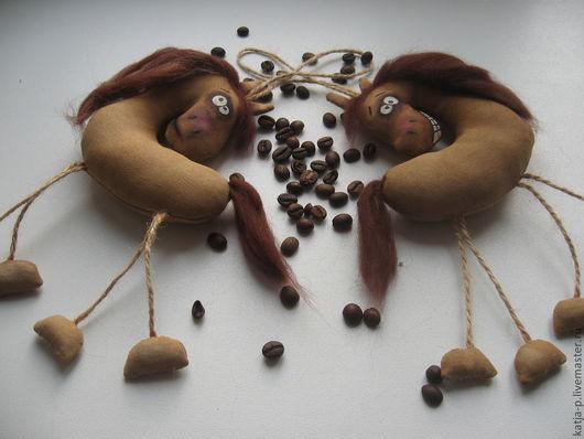 Ароматизированные куклы ручной работы. Ярмарка Мастеров - ручная работа. Купить Лошадки к Новому году. Handmade. Бежевый, кофе, кофе