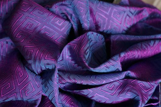 Шали, палантины ручной работы. Ярмарка Мастеров - ручная работа. Купить Платок шелковый фиолетовый. Handmade. Тёмно-фиолетовый