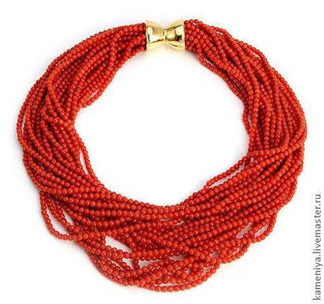 Колье, бусы ручной работы. Ярмарка Мастеров - ручная работа. Купить Пышное ожерелье из красного коралла. Handmade. Бусы из коралла