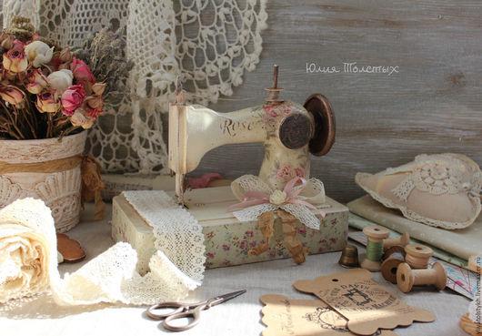 """Детская ручной работы. Ярмарка Мастеров - ручная работа. Купить Швейная машинка """"Rose"""". Handmade. Бежевый, ретро, декупаж работы"""