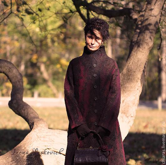 """Верхняя одежда ручной работы. Ярмарка Мастеров - ручная работа. Купить Авторское пальто ручной работы из шерсти и шелка""""Зимняя вишня"""". Handmade."""
