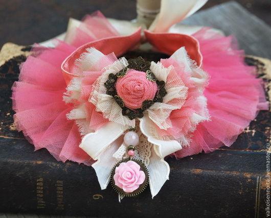 """Колье, бусы ручной работы. Ярмарка Мастеров - ручная работа. Купить Ошейник """" Розовые облака"""". Handmade. Колье, роза"""