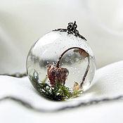 Украшения handmade. Livemaster - original item Transparent pendant-ball with berry strawberry. Pendant made of epoxy resin. Handmade.