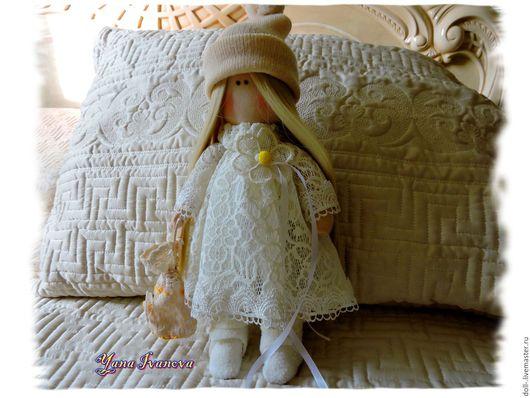 Человечки ручной работы. Ярмарка Мастеров - ручная работа. Купить Романтичная Оленька. Интерьерная кукла.Текстильная кукла.. Handmade. Бежевый