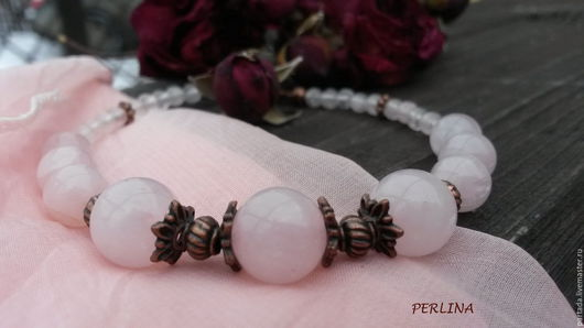 `Принцесса` браслет из розового кварца. Браслет из натуральных камней. Купить розовый браслет из натуральных камней розового кварца. Украшение на руку купить. Подарок для девушки, женщины. Новый год.