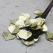 Материалы для творчества handmade. Livemaster - original item Sequins 15 mm gold petals shaped 2 gr. Handmade.