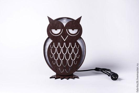 """Освещение ручной работы. Ярмарка Мастеров - ручная работа. Купить Лампа деревянная """"Сова"""" коричневая. Handmade. Коричневый, светильник, краска"""