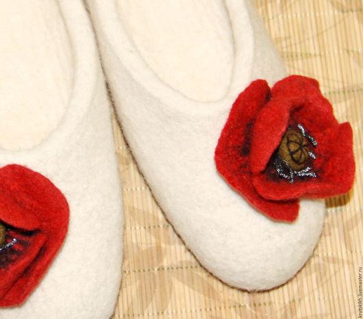 Обувь ручной работы. Ярмарка Мастеров - ручная работа. Купить Валяные тапочки. Handmade. Тапки, валяные тапочки женские, шерсть