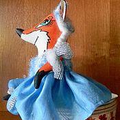 Мягкие игрушки ручной работы. Ярмарка Мастеров - ручная работа Лиса в костюме Снегурочки, текстильная игрушка. Handmade.