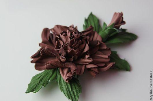 """Броши ручной работы. Ярмарка Мастеров - ручная работа. Купить Брошь из кожи """"Нежность"""". Handmade. Кремовый, брошь цветок, кожа"""
