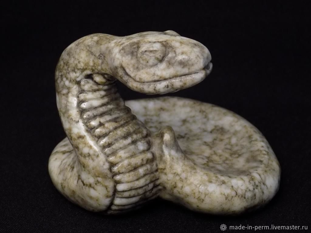 Змея - фигурка из камня Кальцит подставка для колец, сережек, Статуэтки, Орда,  Фото №1