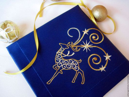 Вышитые салфетки , Салфетки с вышивкой, Новогодний интерьер, Новогодний подарок, Подарок на Новый год, Новый год, Подарок на Рождество, Рождественский подарок, Олень