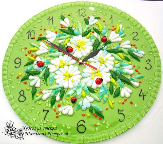Часы для дома ручной работы. Ярмарка Мастеров - ручная работа. Купить настенные часы ПОСЛЕ ДОЖДЯ, фьюзинг. Handmade. Зеленый