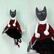 Куклы и игрушки ручной работы. Ярмарка Мастеров - ручная работа Игрушка Кошка с Одежкой. Handmade.