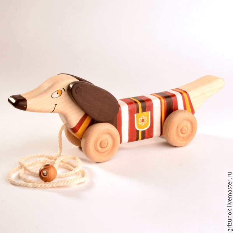 Деревянная игрушка собачка
