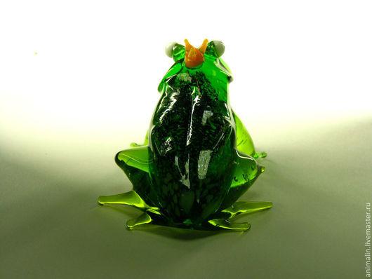 Статуэтки ручной работы. Ярмарка Мастеров - ручная работа. Купить Стеклянная фигурка Лягушка Королевич. Handmade. Зеленый, жаба