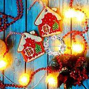 """Пряники ручной работы. Ярмарка Мастеров - ручная работа """"Новогодний домик"""" ёлочная игрушка. Handmade."""