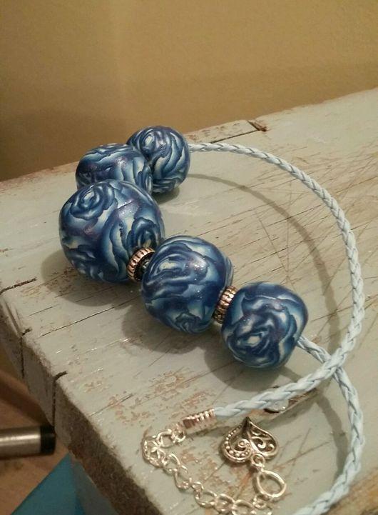 Колье, бусы ручной работы. Ярмарка Мастеров - ручная работа. Купить Крупные синие бусы. Handmade. Синий, синие розы