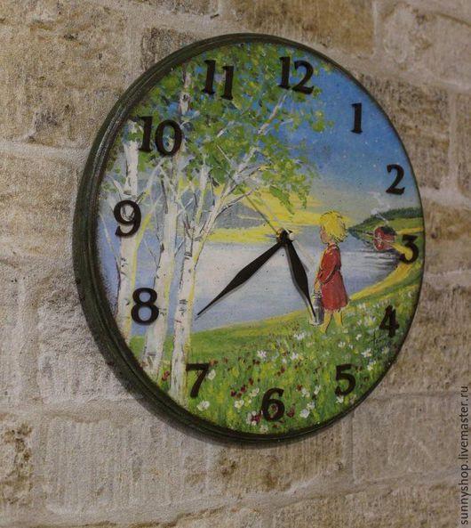 """Часы для дома ручной работы. Ярмарка Мастеров - ручная работа. Купить Часы """"Лето в деревне"""" (декупаж и роспись акрилом). Handmade."""