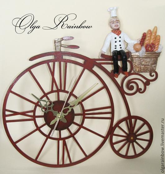 """Часы для дома ручной работы. Ярмарка Мастеров - ручная работа. Купить Часы настенные """"Поваренок"""". Handmade. Коричневый, велосипед"""