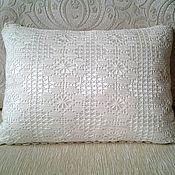 Для дома и интерьера ручной работы. Ярмарка Мастеров - ручная работа Нежная подушка  в технике филейного кружева. Handmade.