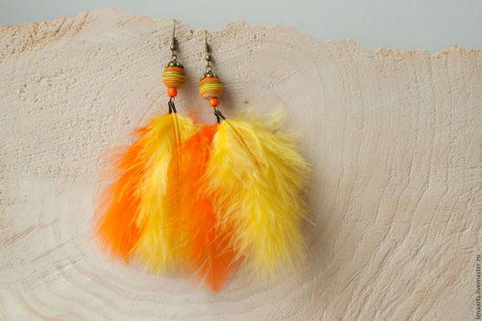 Серьги ручной работы. Ярмарка Мастеров - ручная работа. Купить Серьги из полимерной глины с перьями желто-оранжевые. Handmade. Желтый