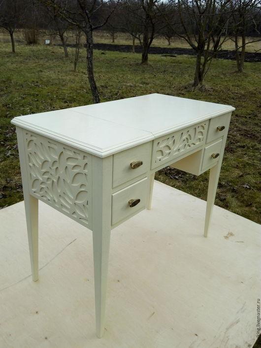 """Мебель ручной работы. Ярмарка Мастеров - ручная работа. Купить Столик резной туалетный """" Листья"""". Handmade. Комбинированный"""