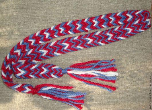 1. Очелье из шерсти, длина с кистями около 1м, ширина 2,5 см, стоимость 350 руб.