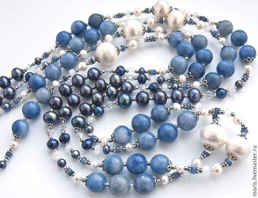 Длинные  бусы из натуральных камней и серебра, натурального авантюрина голубого, джинсового цвета, бусинок граненого натурального сапфира,  лунного камня, гематита и натурального жемчуга.