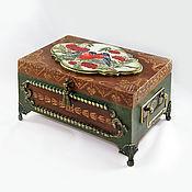 Подарки к праздникам handmade. Livemaster - original item Bullfinches on mountain ash Large box with painting on wood. Handmade.
