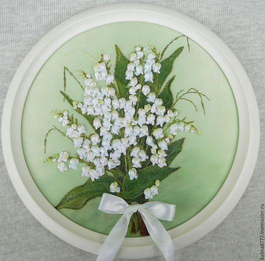 Картины цветов ручной работы. Ярмарка Мастеров - ручная работа. Купить Картина вышитая лентами Майский привет (белый зеленый). Handmade.