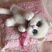 Куклы и игрушки handmade. Livemaster - original item Kitty Waleska toy from wool. Handmade.