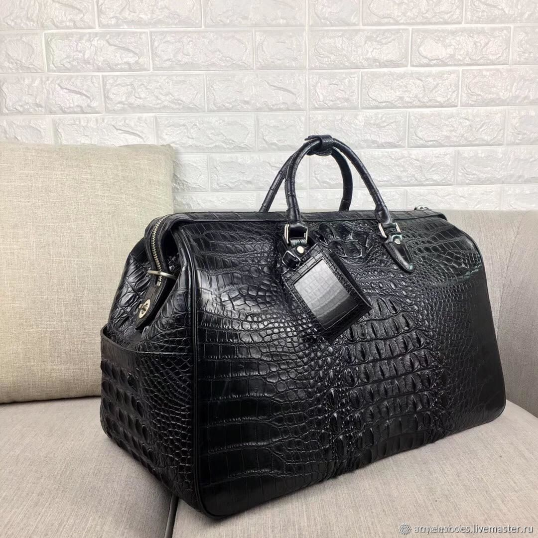 Travel / sports bag made of embossed crocodile skin, Sports bag, Tosno,  Фото №1
