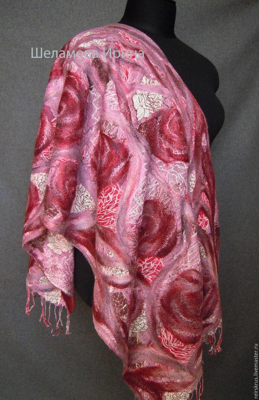 """Шарфы и шарфики ручной работы. Ярмарка Мастеров - ручная работа. Купить шарф """"Розовый сад"""". Handmade. Шарф женский, Валяние"""