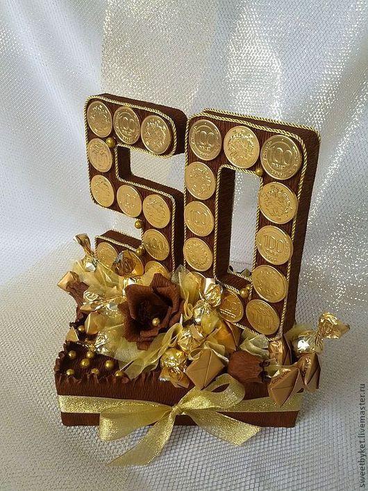 """Подарки для мужчин, ручной работы. Ярмарка Мастеров - ручная работа. Купить Букет из конфет """"Юбилей"""". Handmade. Подарок мужчине"""