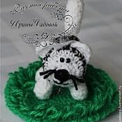 Куклы и игрушки ручной работы. Ярмарка Мастеров - ручная работа Вязаная погремушка Котик. Handmade.