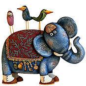 Статуэтка ручной работы. Ярмарка Мастеров - ручная работа Статуэтка: Слон и его друзья . Деревянная скульптура. Handmade.