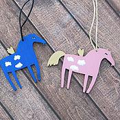 Куклы и игрушки ручной работы. Ярмарка Мастеров - ручная работа Небесные лошадки (деревянные подвески). Handmade.