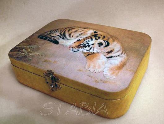 "Шкатулки ручной работы. Ярмарка Мастеров - ручная работа. Купить Шкатулка "" Тигренок"". Handmade. Желтый, тигры, тигренок"